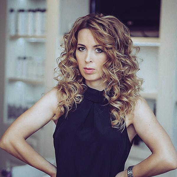 Ramona Mîndru catwalk